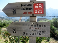 Signposted walking routes